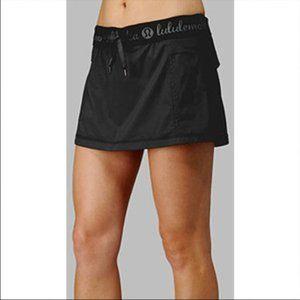 White lululemon Run Roll Down Skirt Tennis Skort Size 8